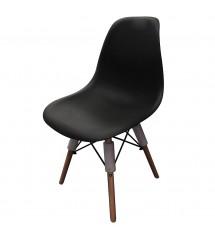 Chaise scandinave noire...
